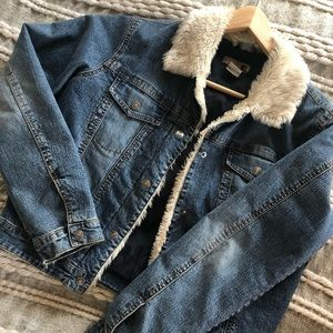 Jackets & Blazers - Jean Jacket With Faux Fur Collar Trim